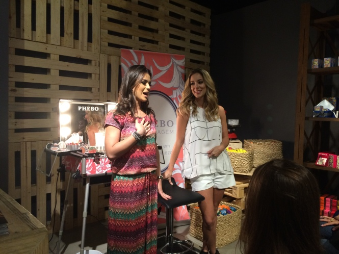 Helena Lunardelli e Mariana Saad workshop de maquiagem phebo
